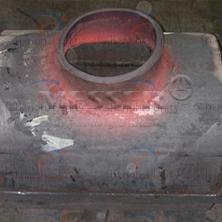 压力容器壳体开孔冲压